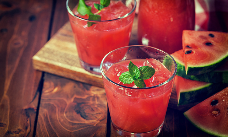 watermelon caju smoothie